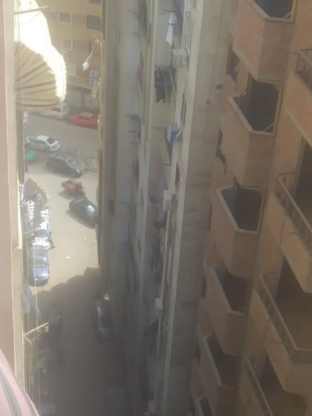 شقه في العشين شارع ابرهيم رازق