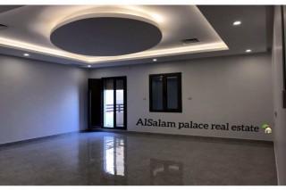 elegant floor for rent