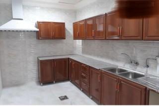 شقة جديدة ببناية جديدة للايجار