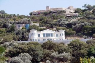 Small villa with sea view