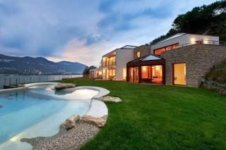 Royal villa surrounded by spacious spacious garden - Cantone Ticino