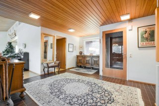 Spacious detached house in  Nyland