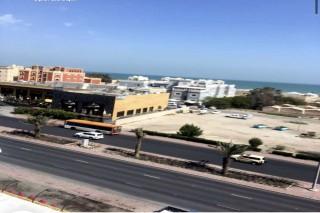 شقة مميزة بالمهبولة 3 غرف علي البحر