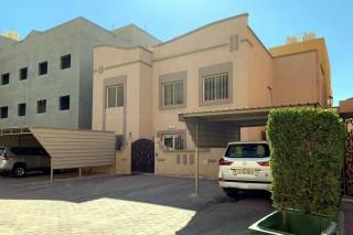 بيت للبيع فى جابر الاحمد