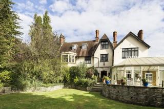 Ravenswood House - London