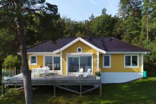 Wonderful property looking sea