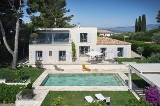 Wonderful quiet modern villa