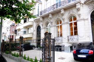 5-storey house