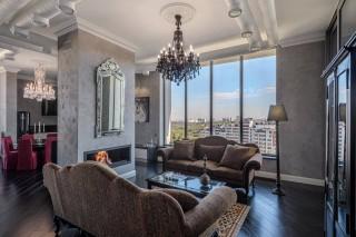 luxurious 2 level penthouse