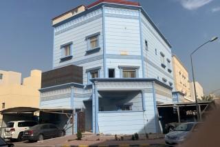 للبيع بيت بسعد العبدالله